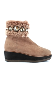 Boots ARW639A17