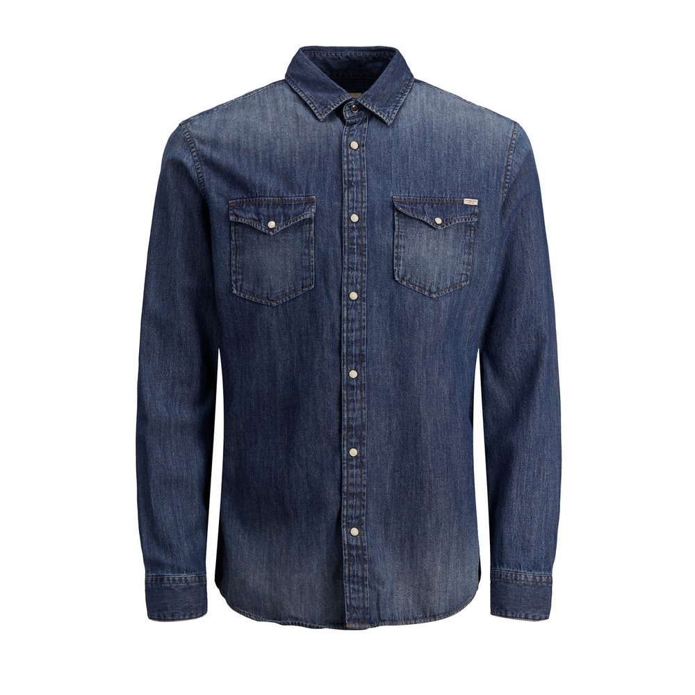 Long sleeved shirt Must-have