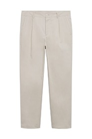 Pleated relaxed-fit trousers