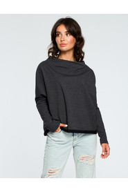 Bluza z dekoltem z tyłu B094