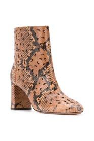 CALZATURE boots