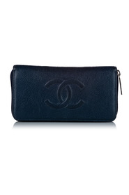 Pre-owned CC Caviar Leather Zip Around Wallet