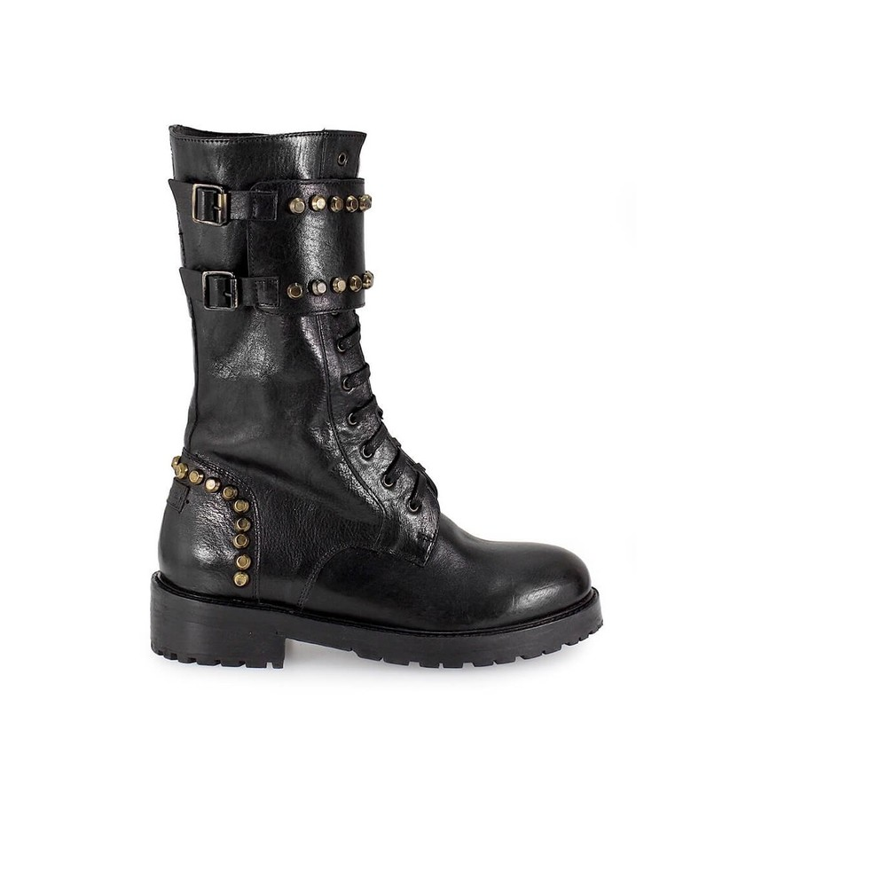 LEATHER STUDS BOOTS