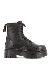 Boots 11595 01