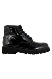Boots 8757