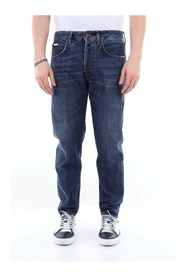 M0364A168L3008 Straight Jeans
