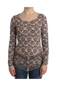 Longsleeved lace top