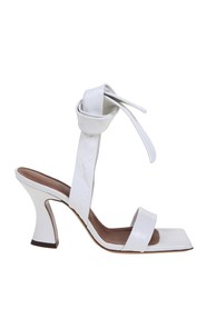 sandal in soft leather