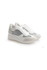 "Sneakersy ""Zosma"""