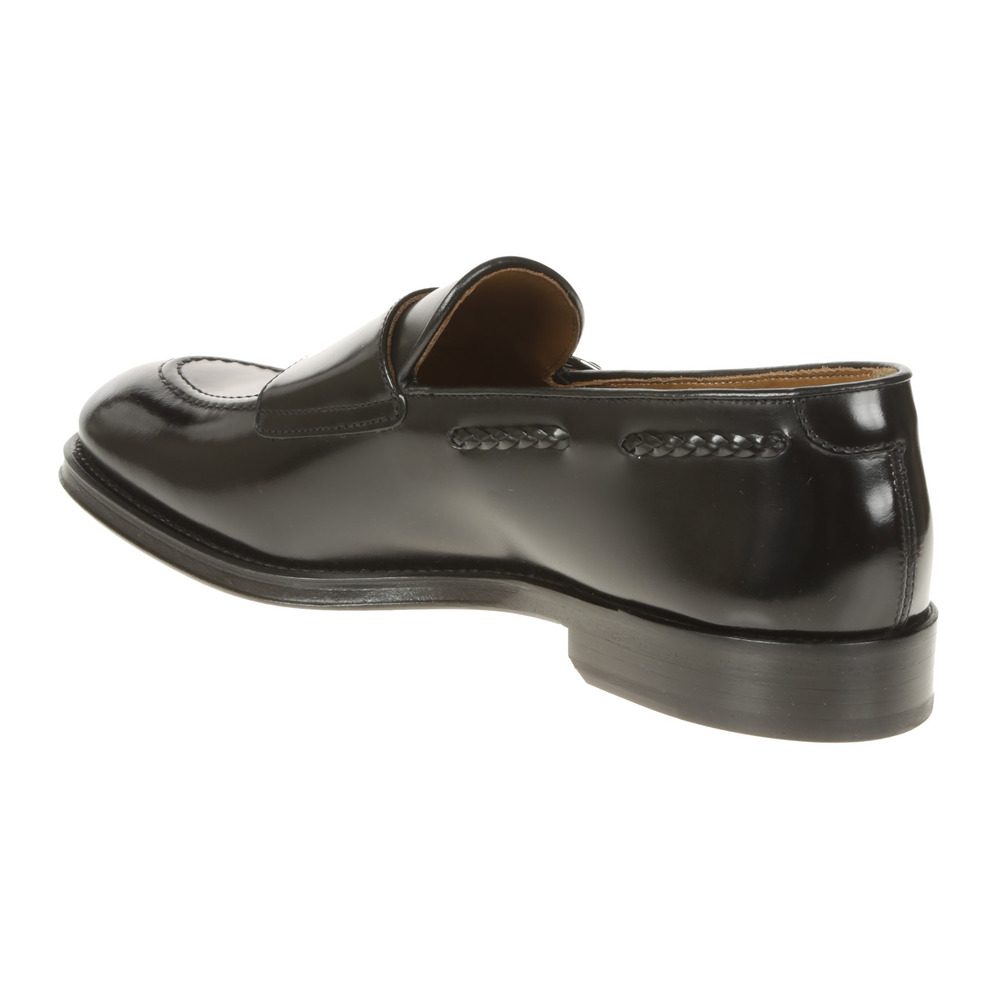 Black Flat shoes | Doucals | Loafers | Men's shoes