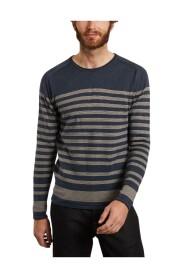 Married sweater