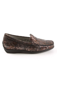 431000-132-038 Harriet moccasins