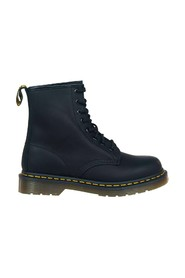 1460 Greasy 8 Eye Z Welt boot