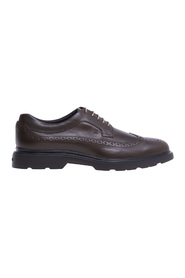 English style lace-up with leather upper