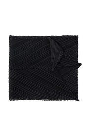 Pleated scarf