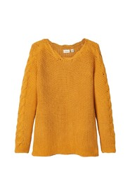 Pullover cable knit
