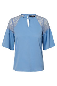 3/4 sleeved blouse Lace