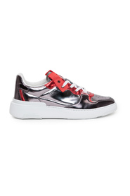 Wing Panelled Low-Top Sneakers