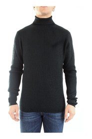 0049 High Neck  Men