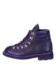 Boots 19 m