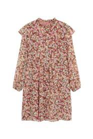 Blommönstrad klänning