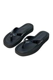 Sandals Kiomo