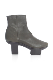 ANKLE BOOTS W/HIGH HEEL