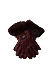 Gloves with fur insert