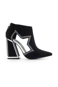 Dusty ankle boots