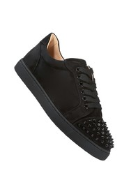 Low-Top Sneakers mit Spikes