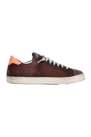 Greased leather and suede sneakers with contrasting heel