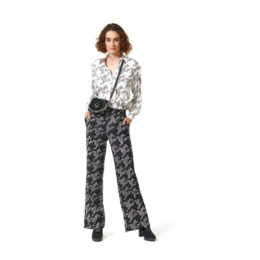 CAROLINE BISS Black trousers with text CAROLINE BISS