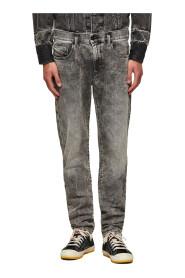 8954 Jeans D-Strukt