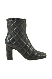 Quilted Leather Booties w/Zip