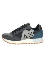 Z41112 Sneakers