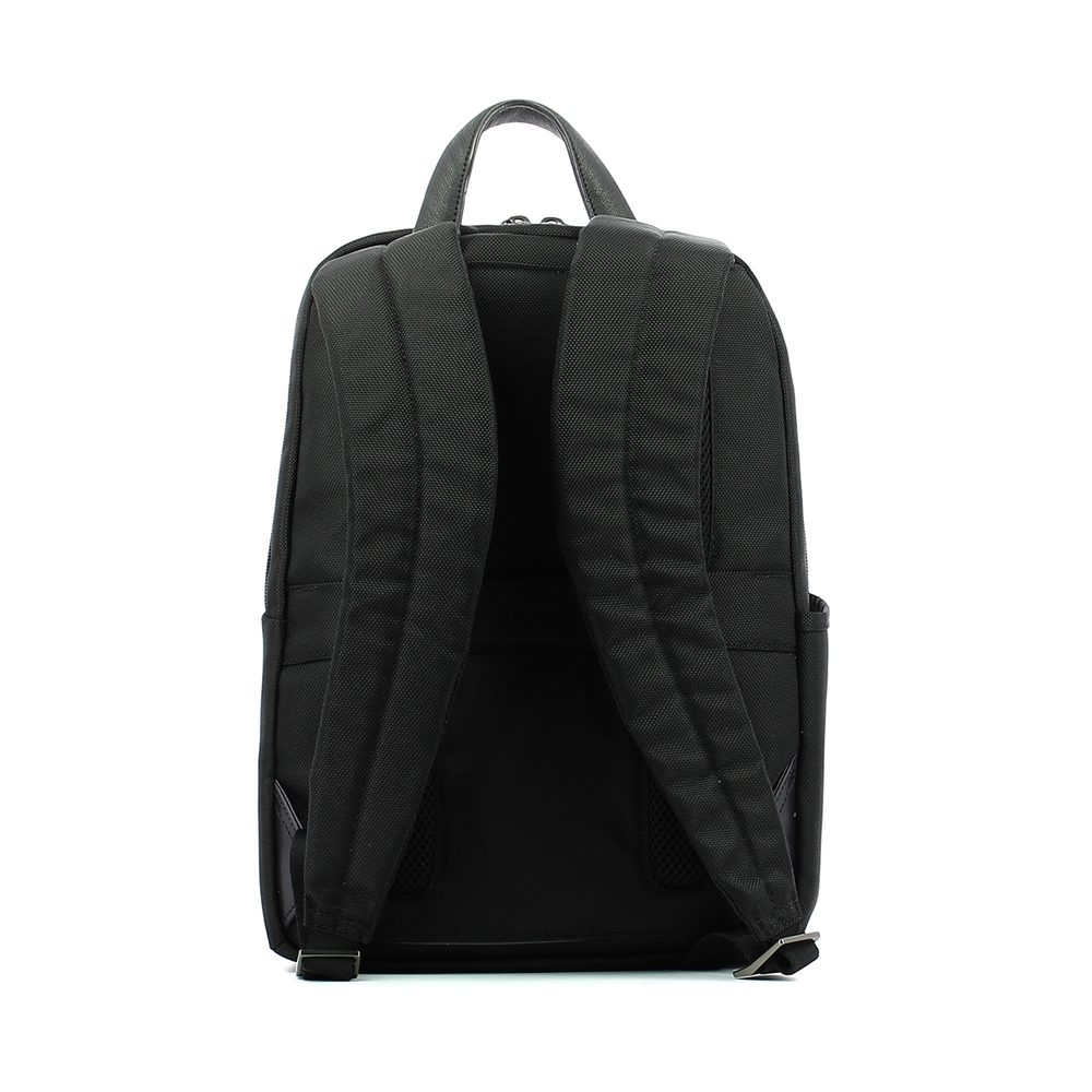 Nero Backpack for PC / iPad®Connequ Brief 14.0 | Piquadro | Rugzakken | Herentassen