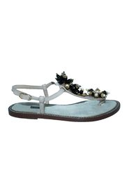 Flat Sandals with Crystal Embellishments