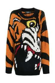 Sweater with animal pattern
