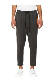BAGGY PANTS WITH NERVE + CHAIN