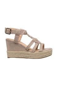 Sandal wedge heel