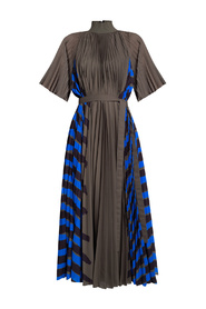 Pleated dress with band collar