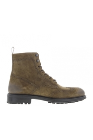 Triplex brogue boot