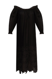Dress with denuded shoulders