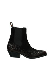 boots Corall