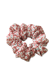 Summer Scrunchies - coral