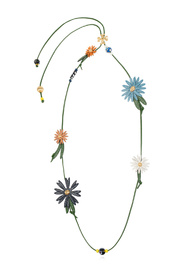 Necklace with floral motif
