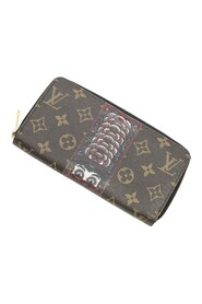 Pre-owned Zippy Wallet