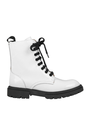 Boots 8762