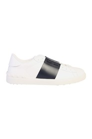 contrasting band sneakers