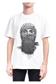 T-shirt whit black pearl woman mask on front